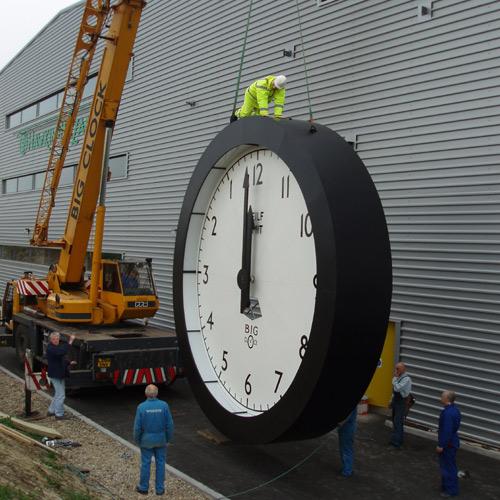 Big Clock installation « clockography.com